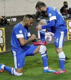 Mitroglou + Salpingidis. Football Players, Greece, Soccer, Greece Country, Soccer Players, Futbol, European Football, European Soccer, Football