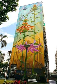 Mona Caron Street art