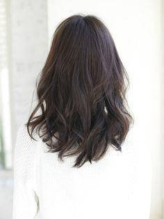 黒髪ウェーブ Long Length Haircuts, Mid Length Hair, Short Dark Hair, Short Hair Cuts, Medium Hair Styles, Short Hair Styles, Digital Perm, Hair Streaks, Hair Color And Cut