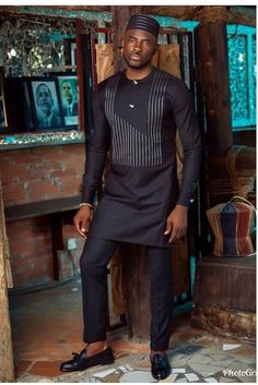 The Latest Best Kaftan Outfit Styles To Select For Your Man In This Month Of September. African Wear Styles For Men, African Dresses Men, African Attire For Men, African Clothing For Men, African Shirts, African Style, African Design, African Blouses, Nigerian Men Fashion