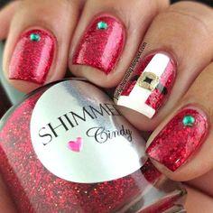 Santa Claus' Suit Accent Nail Manicure