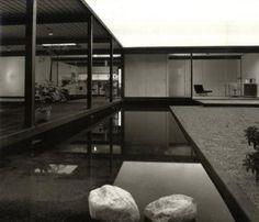 Pierre Koenig Case Study House No. 21 1956-58 Los Angeles, California Photograph:Julius Shulman 2006