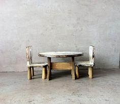 Meubles rustiques de jouets en bois, meubles de barby, en bois blanc et gris, vintage français