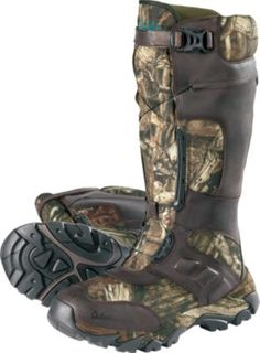 Innovative Pinnacle boots offer all-day comfort and a secure fit provided by the strength of the Boa lacing system.