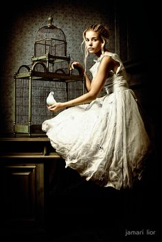 Be in a pretty, white dress and watch a bird in a pretty cage. Tim Walker, Fantasy Photography, Fashion Photography, Underwater Photography, White Photography, Amazing Photography, White Doves, Belle Photo, Character Inspiration