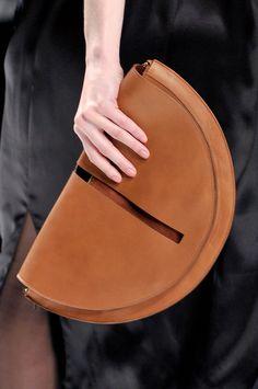 »Daks at London Fall 2012 (Details)« #bag #bagspurses #fashion #fashionandaccessories