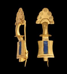 Ancient & Medieval History — Roman Gold Brooch With Lapis Lazuli Inlay, 2nd...