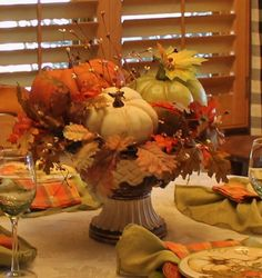 table.quenalbertini: Pumpkins and plaid tablescape | Southern Seazons