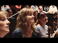 How Do Musicians React To a New Principal Conductor? You Gotta Watch This! - YouTube