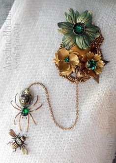 ArachneMachina Victorian Steampunk Spider Brooch / Pin Set Pin0014 by Robin Delargy / LooLoo's Box, via Flickr