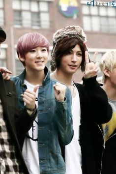 Kevin 케빈 and Kiseop 기섭 from U-Kiss 유키스