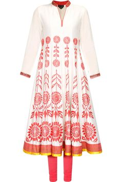 Ivory and red floral embroidered chanderi kurta set available only at Pernia's Pop Up Shop.
