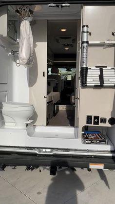 Motorhome Interior, Van Interior, Bathroom Interior Design, Van Conversion Interior, Camper Van Conversion Diy, Ducato Camper, Custom Camper Vans, Build A Camper Van, Class B Rv