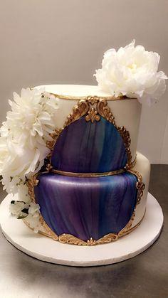 Calumet Bakery Wedding Cake Marbled Fondant in Baroque Molding