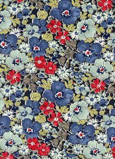 コットン100%タナロ−ンリバティの定番柄110cm巾。LIBERTYリバティプリントGemma(ゲンマ)国産エターナル柄 Textile Prints, Textile Design, Fabric Design, Textiles, Pattern Design, Floral Design, Art Prints, Pretty Patterns, Flower Patterns