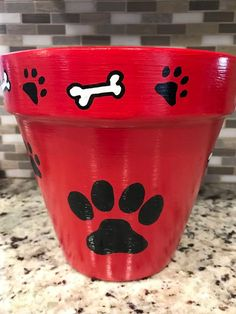Flower Pot Art, Flower Pot Design, Clay Flower Pots, Flower Pot Crafts, Clay Pots, Clay Pot Projects, Clay Pot Crafts, Painted Plant Pots, Painted Flower Pots