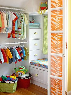 Kid's closets can be a tough project to tackle. Here are the secrets to keeping your little one's closet organized: http://www.bhg.com/rooms/kids-rooms/storage/kids-closet-organization/