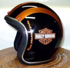 Harley-Davidson Group: Capacetes Old School
