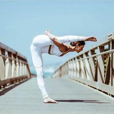 "❤❤❤ ""Stay true to yourself because you should aletas be your priority."" Thank you for inspiring @michelleweinhofen . . . . . . . . #nadacomoyoga #yoga #yogalover #yogaeverydamnday #yogapose #yogainspiration #yogagoals #asana #healthy #yogagirl #instayoga #september #meditation #split #simplicity #love #loveyoga #goal #yogajourney #photos #perfection #enjoy #goals #fitness #inspiration #inspire #yogi #lovelife #lifestyle #satnam"