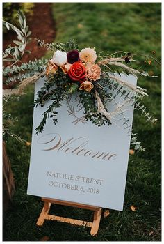 Fall Wedding Arches, Fall Wedding Colors, Floral Wedding, Autumn Wedding Flowers, Wedding Jobs, Our Wedding, Destination Wedding Decor, Wedding Ideas, Wedding Themes