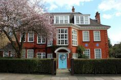 Deep thinkers within: The Freud Museum in London is Sigmund Freud's former home, where he lived in the last year of his life His daughter, Anna, also a psychoanalyst, lived there until the London Neighborhoods, Swiss Cottage, World Images, London Street, London Travel, Traveling By Yourself, Building A House, The Neighbourhood, Mansions
