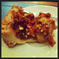Crumbly apple pie from Toll House