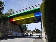 Streetart: Bridge in Wuppertal converted into LEGO-Bridge (6 Pictures)