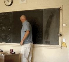 Funny pictures about Teacher draws a perfect circle on a chalkboard. Oh, and cool pics about Teacher draws a perfect circle on a chalkboard. Also, Teacher draws a perfect circle on a chalkboard. Professor, Circle Drawing, A Perfect Circle, Super Powers, Mind Blown, Best Funny Pictures, I Laughed, Hilarious, Funny Gifs