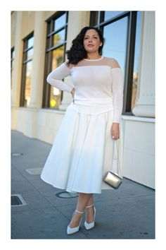 Style, Beauty and Inspiration curated by Tanesha Awasthi, for the unapologetically confident GIRL WITH CURVES. Fashion Blogger Style, Curvy Girl Fashion, White Fashion, Modest Fashion, Plus Size Fashion, Fashion Bloggers, Fashion Fashion, Plus Size Kleidung, Estilo Blogger