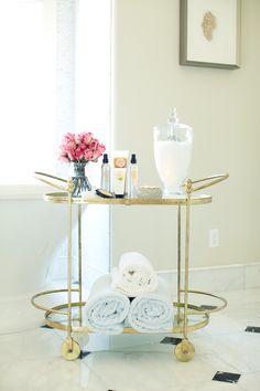 Gold bar cart turned bath cart - My Interior Design Ideas Bathroom Cart, Bathroom Storage, Attic Bathroom, Gold Bathroom, Feminine Bathroom, Bathroom Stand, Bathroom Cabinets, Small Bathroom, Mini Bar