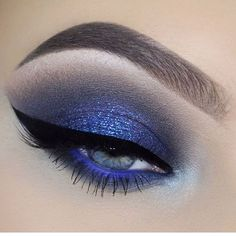 "19.8k Likes, 205 Comments - Pat McGrath (@patmcgrathreal) on Instagram: ""ULTRANESS⚡️⚡️⚡️ Major #DARKSTAR006 Version: UltraViolet Blue #inspiration from #MUA @makeupbyan!…"""