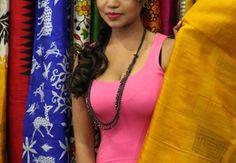 Tollywood Actress Bhavya Sri Inaugurates Silk India Expo- 2016 in Visakhapatnam http://unfist.com/hotimz/index/category/36-tollywood_actress_bhavya_sri_inaugurates_silk_india_expo_2016_in_visakhapatnam