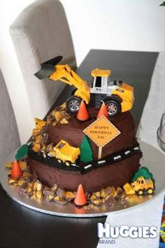 2nd Birthday Cake Ideas for Boys with diggers | Construction Birthday Cake | Huggies Birthday Cake Gallery - Huggies ...