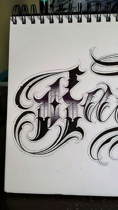Chicano Tattoos Lettering, Tattoo Lettering Fonts, Chalk Lettering, Graffiti Lettering, 3d Writing, Writing Fonts, Tattoo Outline Drawing, Outline Drawings, Unique Half Sleeve Tattoos