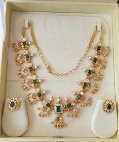 Jewelry Design Earrings, Gold Earrings Designs, Beaded Jewelry, Necklace Designs, Gold Designs, Gold Bangles Design, Gold Jewellery Design, Fancy Jewellery, Handmade Jewellery