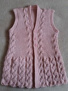 This post was discovered by Jo Lace Knitting Stitches, Lace Knitting Patterns, Easy Knitting, Knitting Designs, Crochet Shoes Pattern, Crochet Vest Pattern, Knit Cardigan Pattern, Gilet Crochet, Crochet Coat