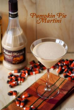 Pumpkin Pie Martini  >>Sounds like the perfect holiday drink Fall Drinks, Party Drinks, Cocktail Drinks, Alcoholic Drinks, Cocktail Recipes, Fall Cocktails, Drink Recipes, Yummy Recipes, Halloween Cocktails