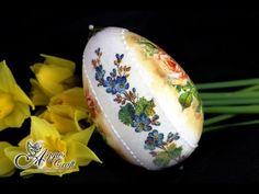 "Decoupage Tutorial - ""SUGAR EFFECT"" on Easter Egg - Mix media"