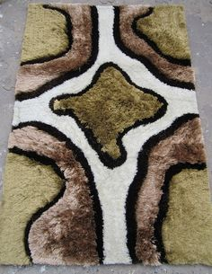 Follow the #image and buy beautiful #Shaggy #carpet from our #website at very attractive price.