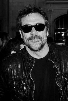 Jeffrey Dean Morgan - John Winchester