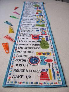 Pense-bête de salle de bain / Mémo en tissu rétro / Décoration murale / Années 60-70 /Vintage France / Liste de courses /Couleur pop ludique