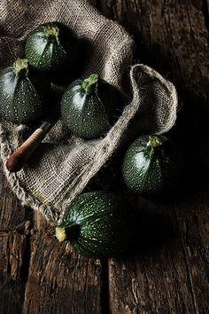 Round courgettes | Recipe and story: pratos-e-travessas.blog… | Mónica Pinto | Flickr