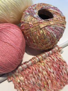 Crochet Designs, Knitting Designs, Knitting Projects, Knitting Patterns, Crochet Patterns, Loom Knitting, Knitting Stitches, Hand Knitting, Crochet Cord