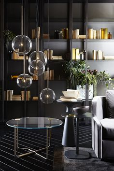 New collection G&R Bolle lamps and beautiful Brass tables..