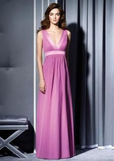 http://lindaling308.microblr.com/post/37411/Four_tips_on_choosing_long_bridesmaid_dress