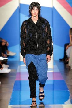 Male Model Otaku: Erin Mommsen: Spring/Summer 2016 Runway 【Paris/New update] New Fashion, Runway Fashion, Fashion Show, Fashion Design, Fashion Styles, Erin Mommsen, Baja East, Vogue, New Paris