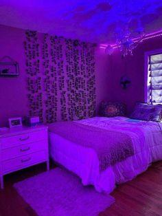 Neon Bedroom, Room Design Bedroom, Room Ideas Bedroom, Bedroom Decor, Bedroom Inspo, Girl Bedroom Designs, Indie Room Decor, Teen Room Decor, Chill Room