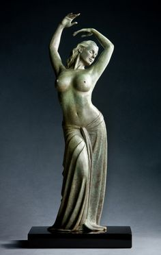 Erotic xxx-rated statues