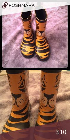 Toddler Boys tiger rain boots, H&M! Adorable! Tiger rain boots from H&M, in great shape! H&M Shoes Rain & Snow Boots