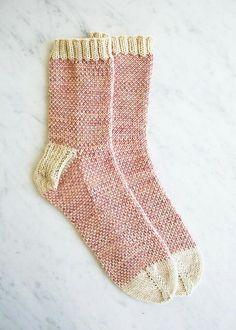 Pixel stitch socks - free knitting pattern by Purl Bee Purl Bee, Knitting Stitches, Knitting Patterns Free, Free Knitting, Knitting Socks, Stitch Patterns, Simple Knitting, Knitting Machine, Knit Mittens